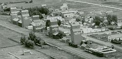 grain elevators in Penhold 1948
